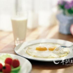 六大饮食习惯会加速衰老 看看你占几条